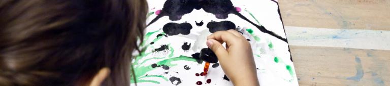 Les étonnants outils du peintre