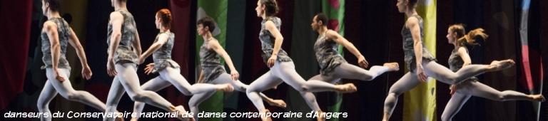 danseurs du Conservatoire national de danse contemporaine d'Angers