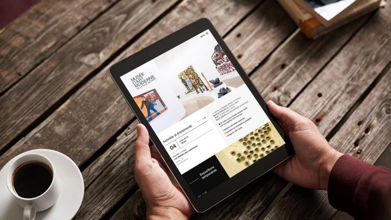 vue du nouveau site web du Musée d'Art moderne sur tablette